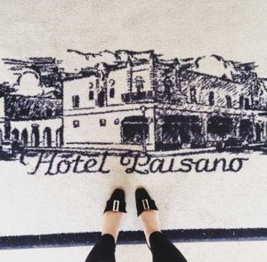 El Paisano Hotel, travel, vintage shoes, blogger, Marfa, TX , historic hotel