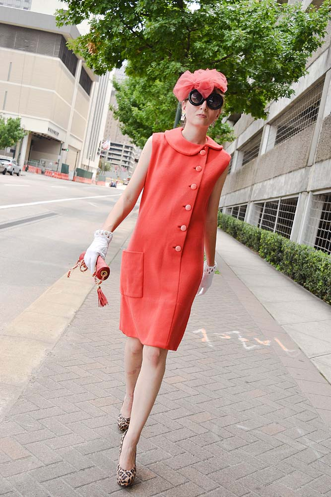 LAFashionsnob / vintage outfit / red dress / blogger