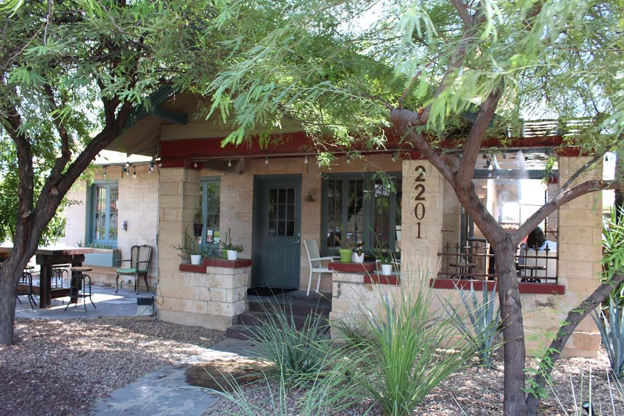 The Coronado PHX / Phoenix restaurant review / vegetarian eatery